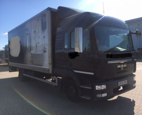 2012 MAN 10.180 HIGH ROOF DOUBLE SLEEPER BOX WITH TAIL LIFT (REF:D809)