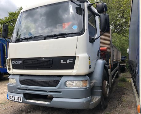 2003 DAF LF55.220 18T Caged dropside with Palfinger Crane